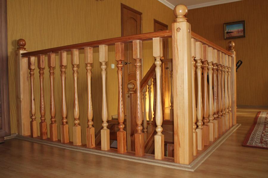 """Картинки по запросу """"Эстетичные и практичные комплектующие из дерева для лестницы"""""""